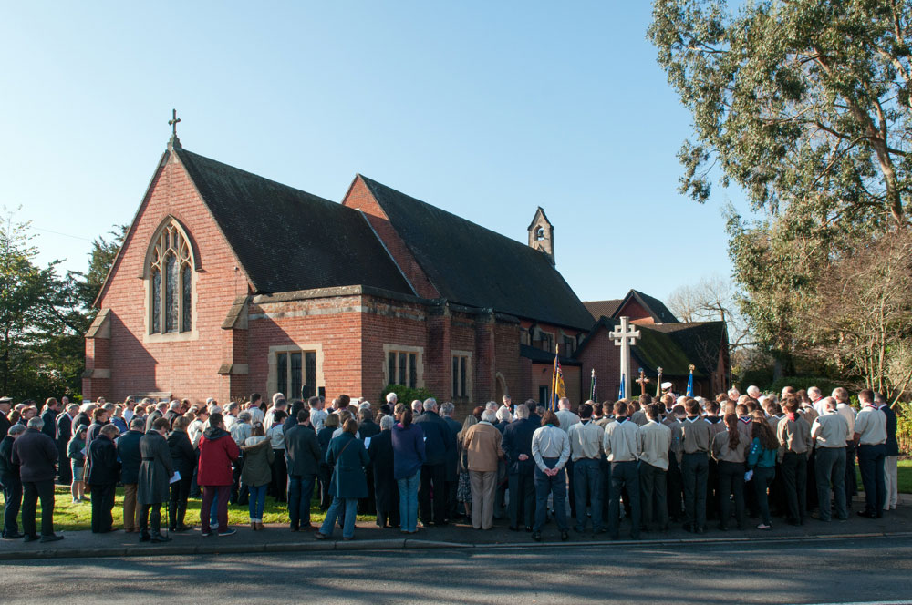 People of Chandler's Ford came to remember those who sacrificed their lives so that we may live in peace. Chandler's Ford War Memorial, at St. Boniface Church. 9 Nov 2014. Image credit: Nigel Barker.