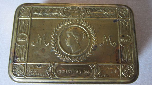 Christmas Brass Tin 1914