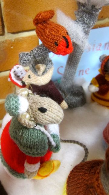 Very cute mice. Very cute mice. By Knitters' Natters from Chandler's Ford.