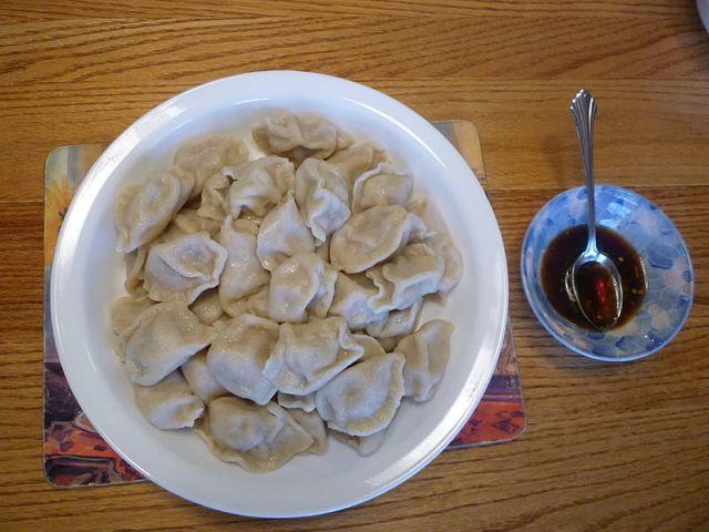 Boiled Dumplings: Image by Bioniclepluslotr via Wikipedia.