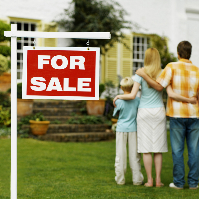 "For Sale sign. Image by  <a href=""https://www.flickr.com/photos/106574022@N04/11705392445"">Mark Moz</a> via Flickr."