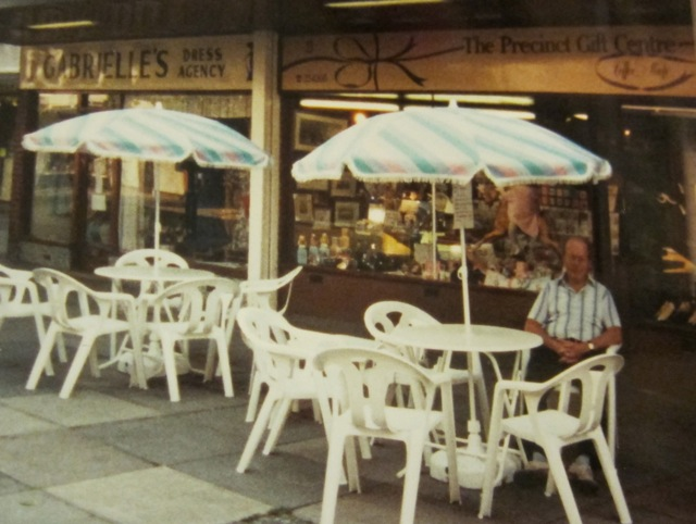 There used to be a lovely sitting area outside the shop too.