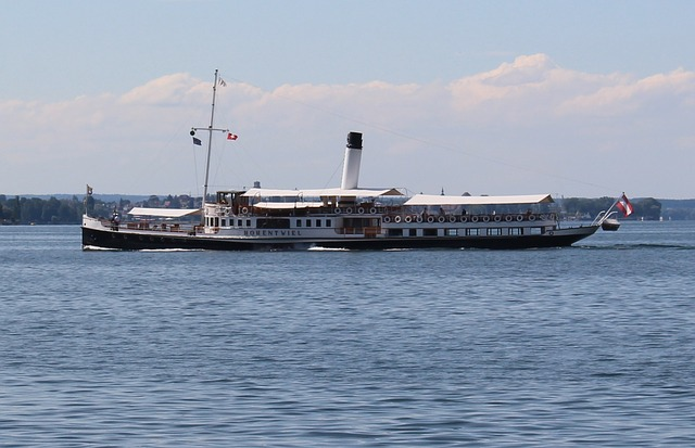 Paddle Steamer  Image from Pixabay under Licence CC0 Public Domain