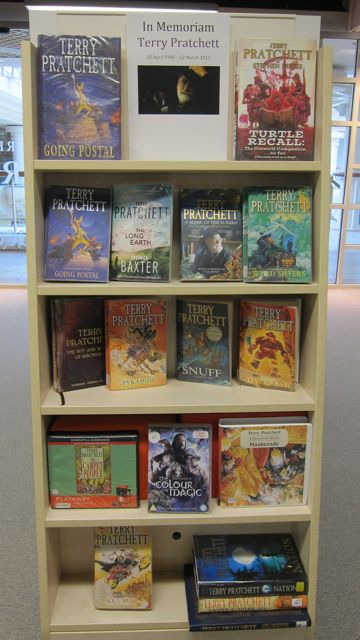 In Memoriam: Terry Pratchett, at Eastleigh Library