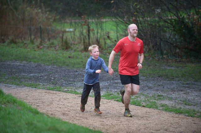 Eastleigh parkrun for adult and children - Jan 2016. Image credit: Paul Hammond