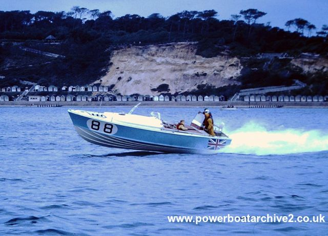 Photographs from Ian & Christian Toll : CI & II : BLUE MOPPIE (1964). Image via Powerboat Archive, Graham Stevens.