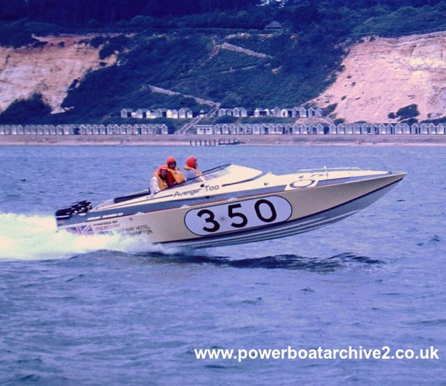 "Avenger - this one won the 1969 Round Britain Race. Image via<br /> <a href=""http://www.powerboatarchive2.co.uk/"">Powerboat Archive</a>, Graham Stevens."