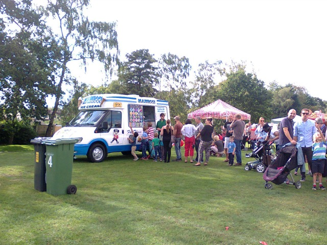 Marucci's Icecream van (image by Allison Symes)