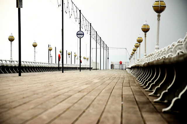Torquay Pier image by Tim Simpson via Flickr.