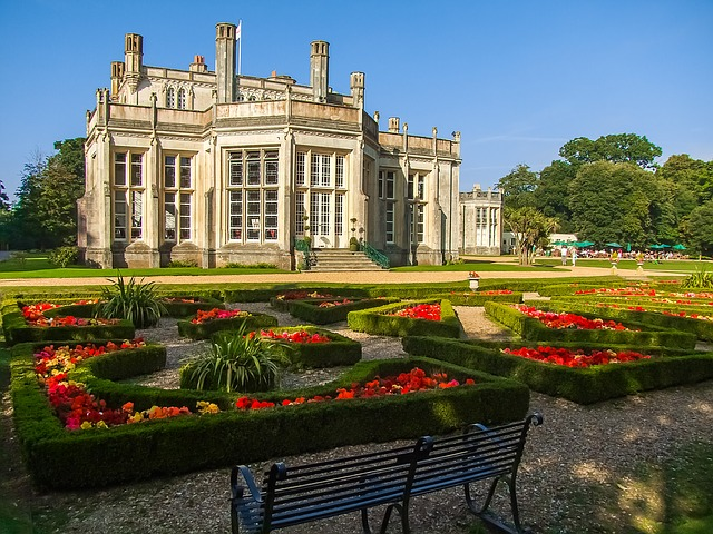 Highcliffe castle image by diego_torres via Pixabay
