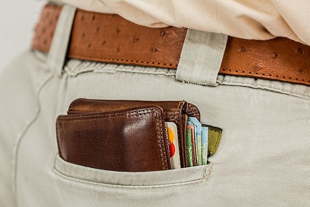 wallet image by stevepb via Pixabay