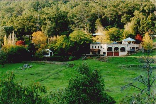 Southglen Estate - The Hacienda and Cottage