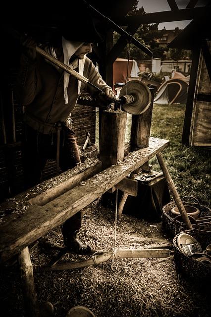 Medieval craftsman - image via Pixabay