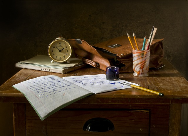 Still life school image via Pixabay