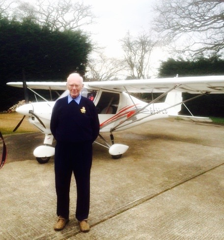 War Veteran Frank Damerell's 90th birthday flying trip to Bosham when he took control of an aircraft.