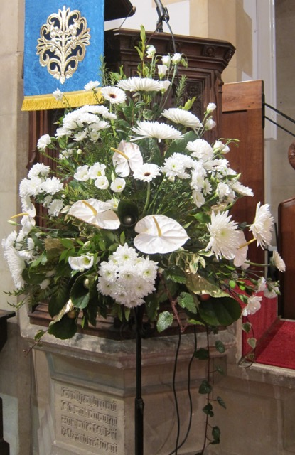 St. Boniface Church at Chandler's Ford - Christmas flowers arranged by Alan Page.