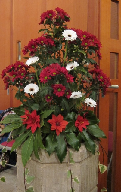 St. Boniface Church at Chandler's Ford - Christmas flowers arranged by Peter.