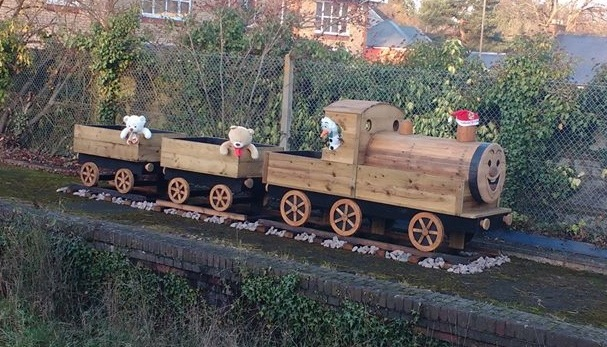 Three Rivers Chandler's Ford station wooden train planter Fordy 2016 Christmas