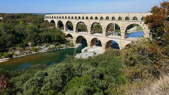 Just one Roman invention - the aquaduct - image via Pixabay