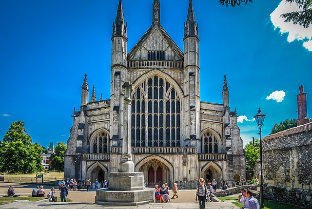 Winchester Cathedral where Jane Austen is buried, image via Pixabay