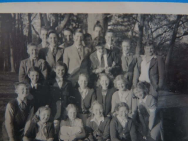 Some of the Hiltingbury youth of the 1940s. Where was this taken?