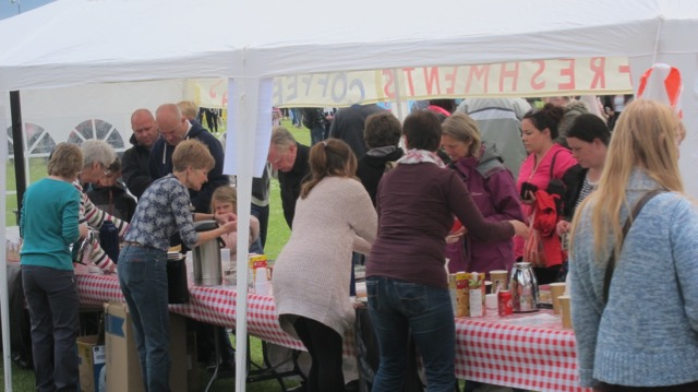 Very popular food and drinks service run by Methodist Church's volunteers.