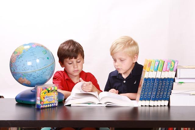 Children's Non-Fiction should be entertaining too - image via Pixabay