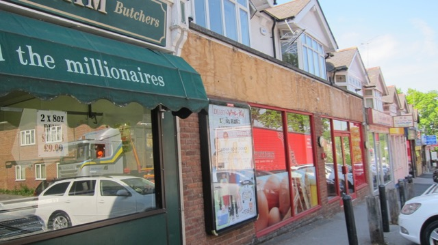 One Stop closure Bournemouth Road Chandler's Ford May 2017