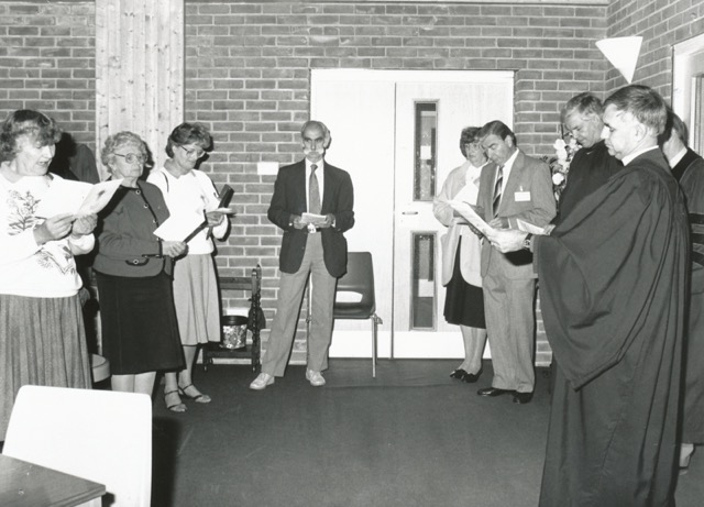 Church members celebrating the dedication of the Dovetail Centre in 1993. (Right) Minister Bryan Coates. Jane Archer (third from the left).