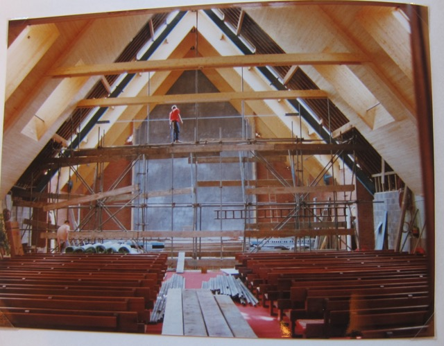 The remarkable roof! Archive: Chandler's Ford Methodist Church, 1992-1993 Dovetail Project
