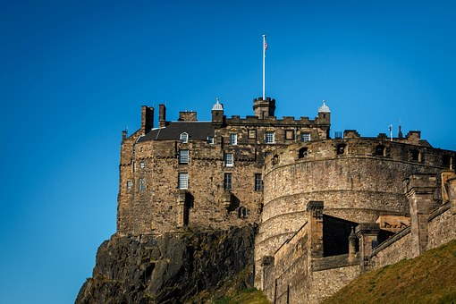 Another view of Edinburgh Castle - image via Pixabay