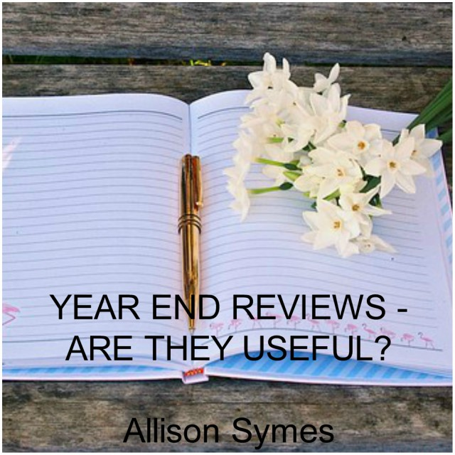 Feature Image - Year End Reviews - Are They Useful? Image via Pixabay