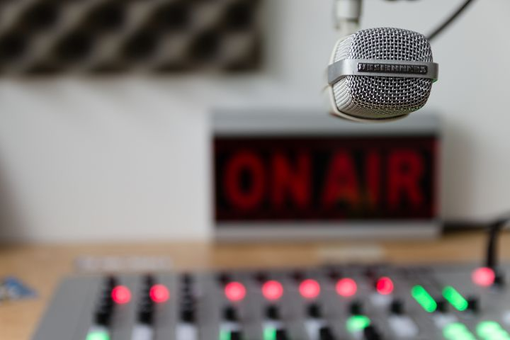 Part 6 - Radio Jingles usually irritate. Image via Pixabay