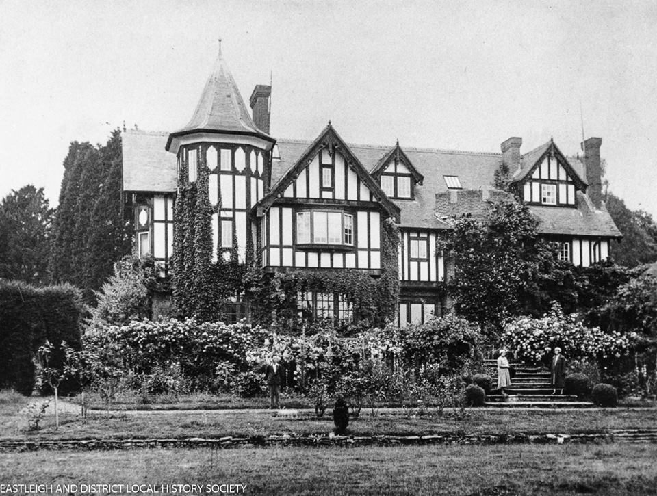 Do you recognise this building in Chandler's Ford? Image credit: Eastleigh and District Local History Society.