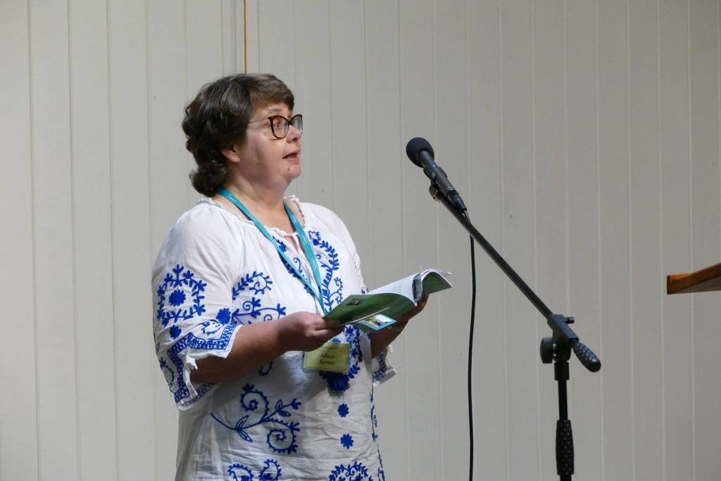 Many thanks to Geoff Parkes for taking this image of me reading at the Prose Open Mic at Swanwick in August 2018 and for kind permission to use the photo.