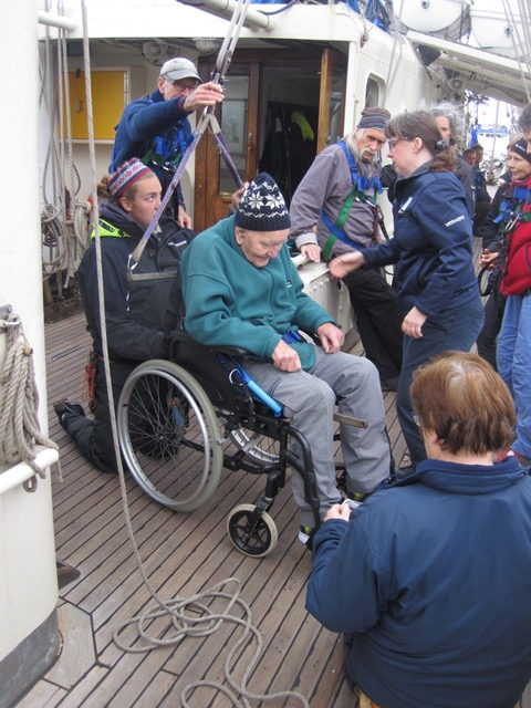 Jubilee Sailing Trust: it is all about team work.