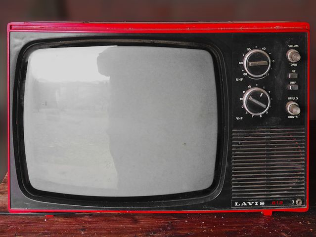 When TVs were like this, watching the box was a proper family occasion - Pixabay