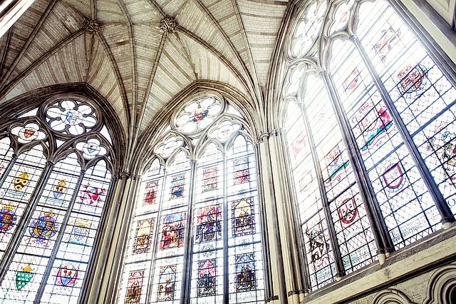 church image via pixabay