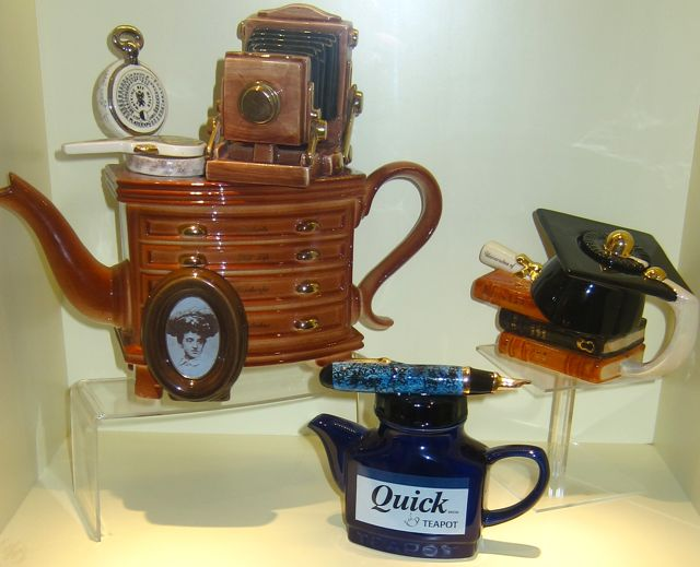 Quick Ink Teapot at Tea Museum (Ahmad Tea)