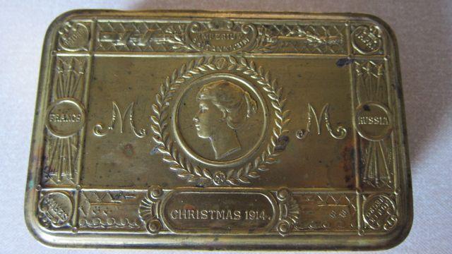 Christmas Brass Tin 1914