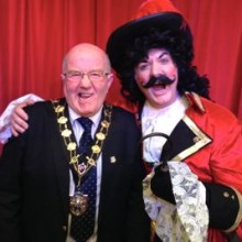 The Mayor of Eastleigh (aka Sexy Drawers) with Captain Hook.