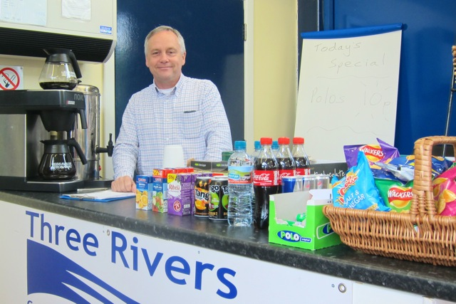 Three Rivers Rail chairman Nick Farthing manning the coffee stall at Chandler's Ford train station.