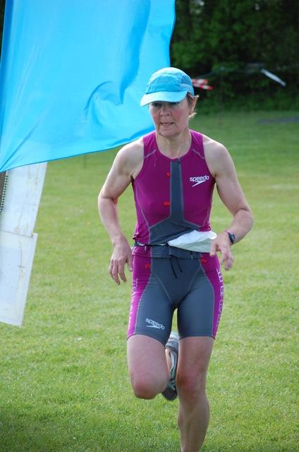 Nicole Johnson triathlon running.