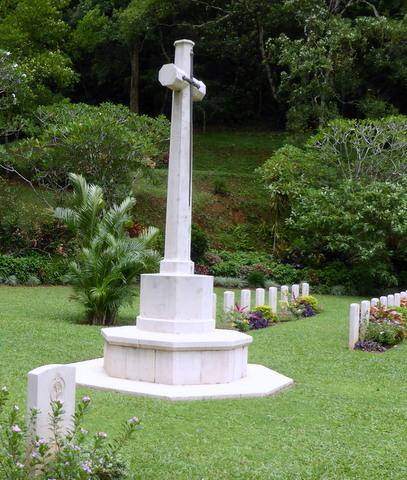 Cross of Sacrifice, Pitakande Military Cemetery, Sri Lanka