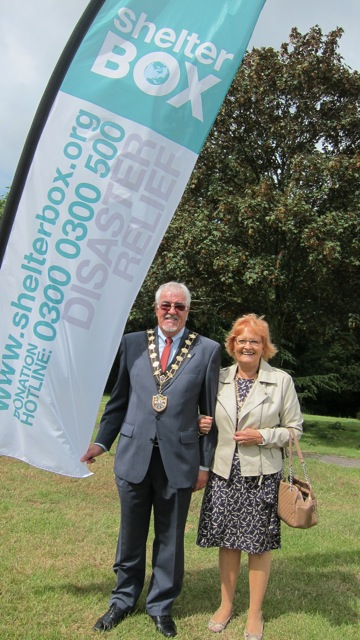 Mayor of Eastleigh Councillor Tony Noyce with Mayoress Mrs Janice Noyce, at Chandler's Ford With Syria fundraiser.