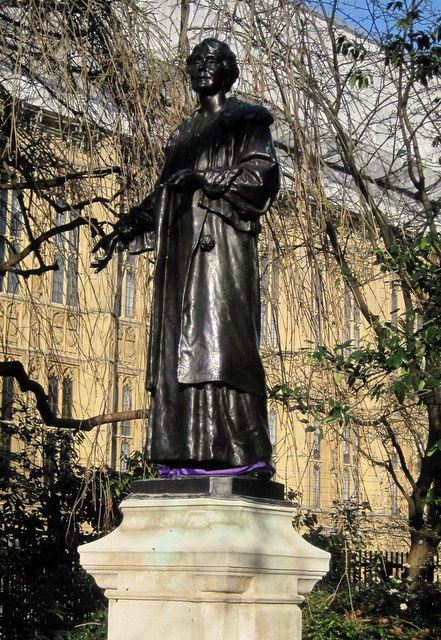 Emmeline Pankhurst, suffragette