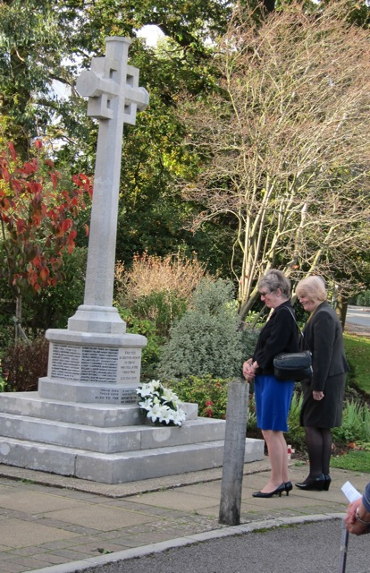 Margaret Atkinson, Chairman of Parish Council of Chandler's Ford and the Deputy Mayor of Eastleigh, Councillor Jane Welsh, laid a wreath of lilies at the foot of the Chandler's Ford War Memorial.