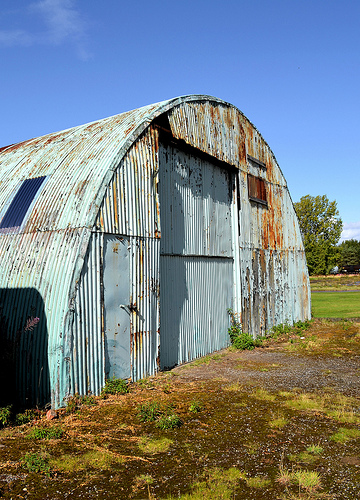 "A Nissen Hut by <a href=""https://www.flickr.com/photos/rpmarks/6235572039/in/pool-nissenhuts"">R-P-H</a> via Flickr."