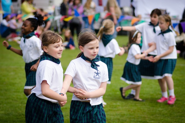 Dances from Scantabout School. Image: Alan Fry.