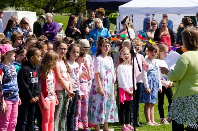 Fryern School Choir. Image: Alan Fry.